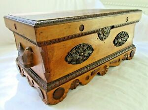 ANTIQUE-FOLK-ART-CARVED-BIRD-STATIONARY-BOX-VICTORIAN-COUNTRY-PRIMITIVE-CHEST