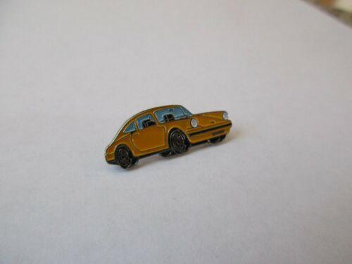 n° 02-09 yellow PORSCHE 911 pin