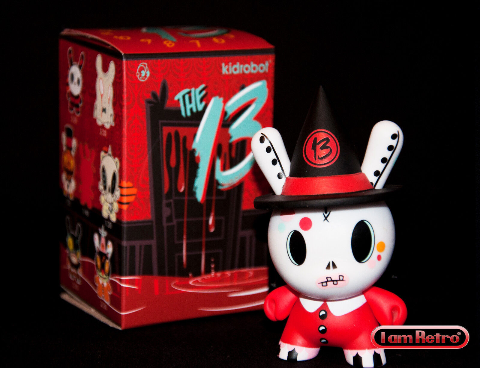 13 Bella Luna Chase - The 13 Dunny Series by Brandt Peters x Kidrobot Vinyl