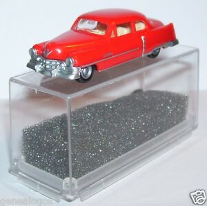 MICRO-PRALINE-HO-1-87-CADILLAC-54-CADDY-LIMOUSINE-ROUGE-vif-IN-BOX