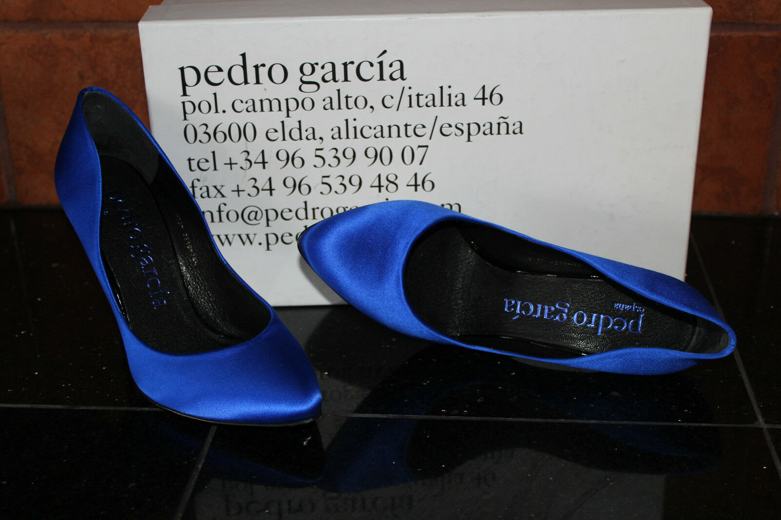 PEDRO GARCIA COBAL ROSETTE COBAL GARCIA SATIN #8.5us $460 0b41c5