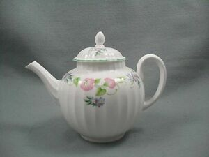 Royal-Worcester-Ingles-Jardin-Tetera