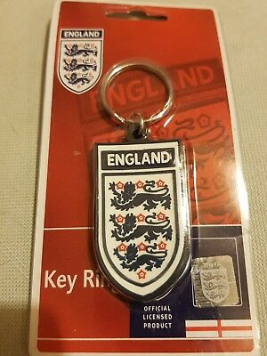 England FC Keyring Football soccer 3 lions Metal Official Product Crest keychain