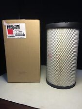 New Fleetguard Air Filter AF25132 M **Free Domestic Shipping**