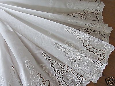 1 Yd Vintage Style Embroidery Cotton Eyelet Lace Fabric Off White 73cm Wide