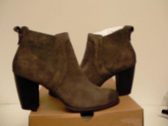 3c17eb1fcf4 UGG Australia Cobie II Bootie Grey Suede Ankle BOOTS 1013683 Size US 7.5