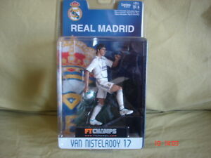FT-champs-figurine-15-cm-6-034-Van-Nistelrooy-Real-Madrid