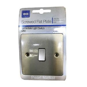 knightsbridge  4 Gang Toggle Switch,1or 2 Way 10 Amp Pearl nickel flat plate