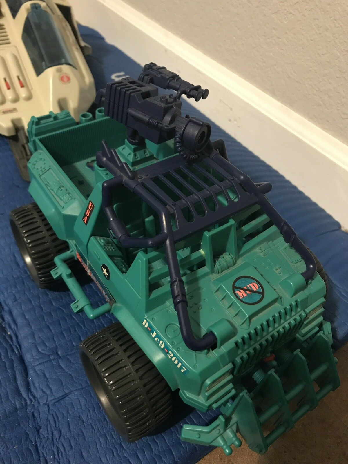 GI JOE Mud Mud Mud Buster Vehicle Tank 218960