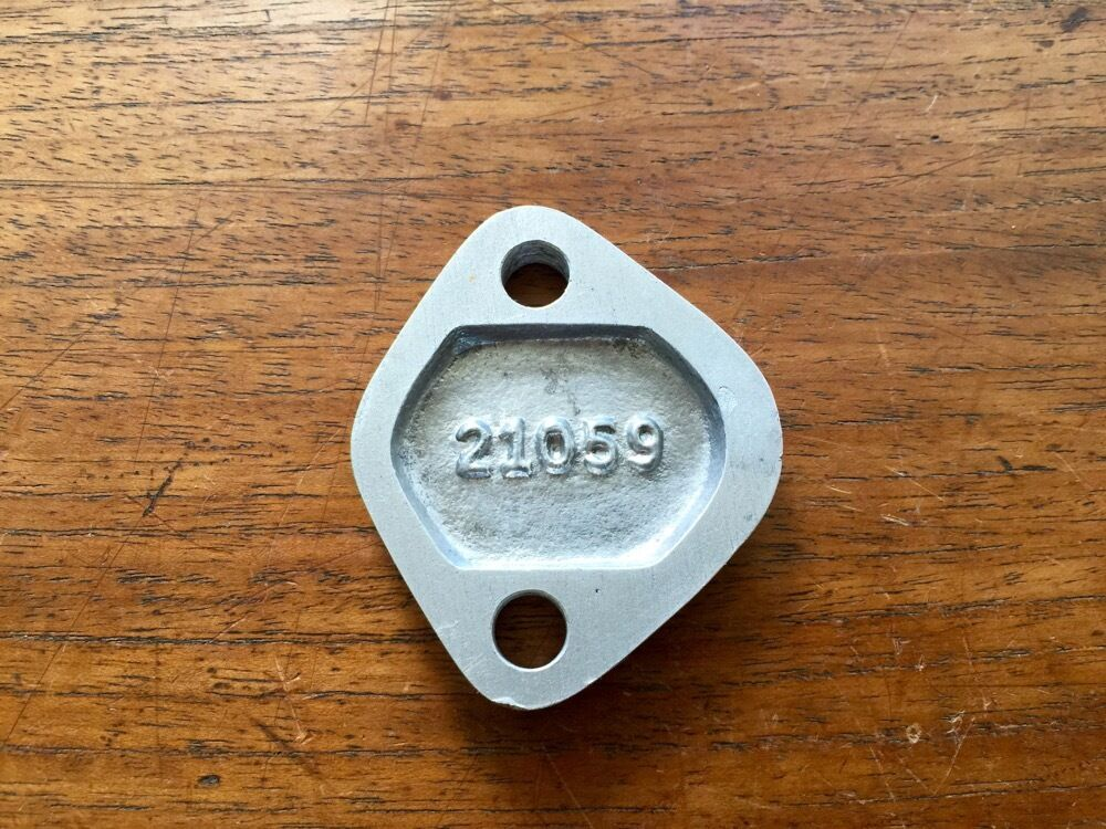 Continental C85 New Old Stock Fuel Pump Pad Cover O200 C90 PN 21059