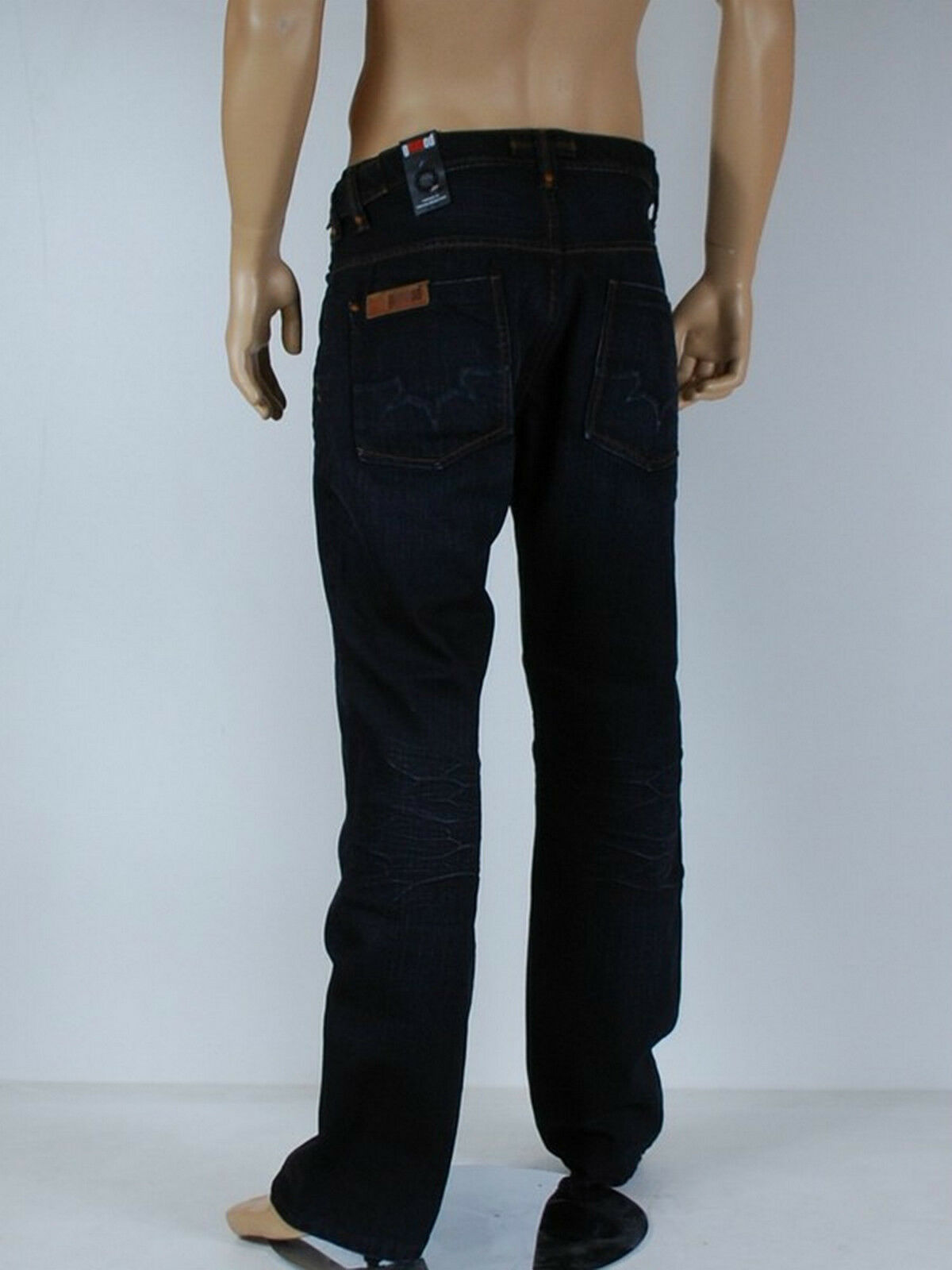 Jeans homme GSUS modele ramley size W 34 ( T 44 )