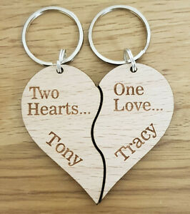 PERSONALISED-WOODEN-KEYRING-VALENTINES-GIFT-WEDDING-ANNIVERSARY-COUPLE-PRESENT
