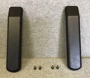 2-AMIGO-MOBILITY-SCOOTER-ARMPADS-one-pair-NEW-SET