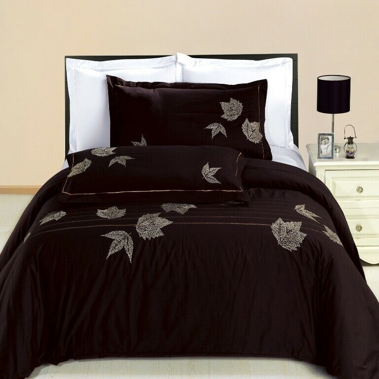 Newbury  3-PC 100% Cotton Embroiderot Duvet Cover Set