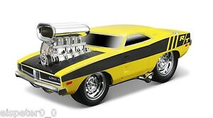 Dodge-Charger-R-T-Maisto-Muscle-Machines-Auto-Modell-1-24