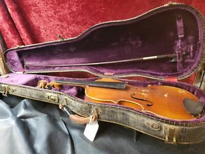 M11-3-4-Violin-w-bow-c-ase-copy-of-stradivarius-made-in-Czechoslovakia-repair