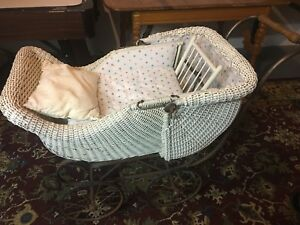 Vintage white wicker, iron baby buggy/carriage/pram, old, great condition