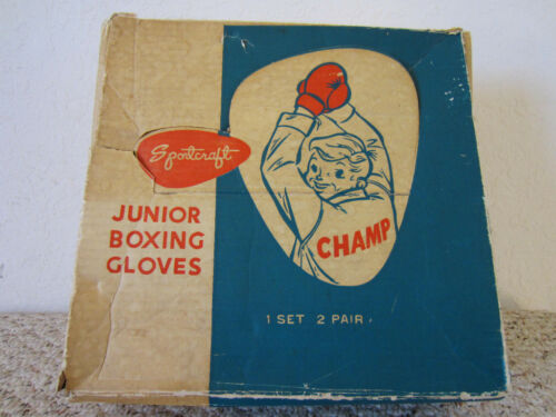 VINTAGE BOXING 2 PAIR OF JUNIOR LEATHER BOXING GLOVES
