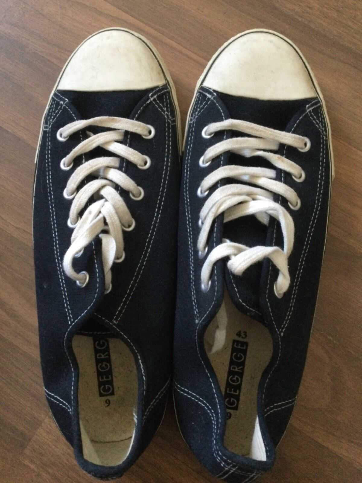 Men's George nave blue lace up sandshoes size 9