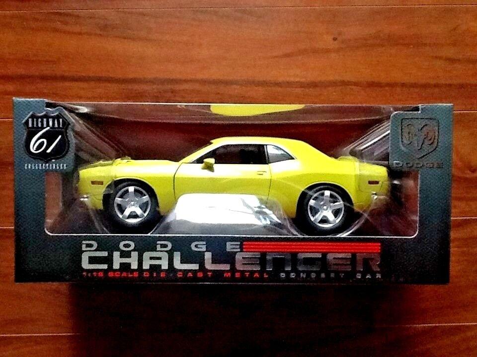 Highway 61 1/18 Amarillo Dodge Challenger Concept Car artículo  50627 sellado de fábrica