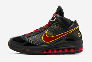 Nike-Lebron-VII-QS-Black-Size-10-US-Mens-Athletic-Shoes-Sneakers