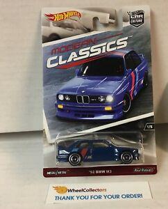 SALE-039-92-BMW-M3-Modern-Classics-Hot-Wheels-Car-Culture-YB6
