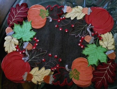 "Pumpkin Patch Thanksgiving automne Napperon set 4 brodé feuilles glands 18/""x13/"""
