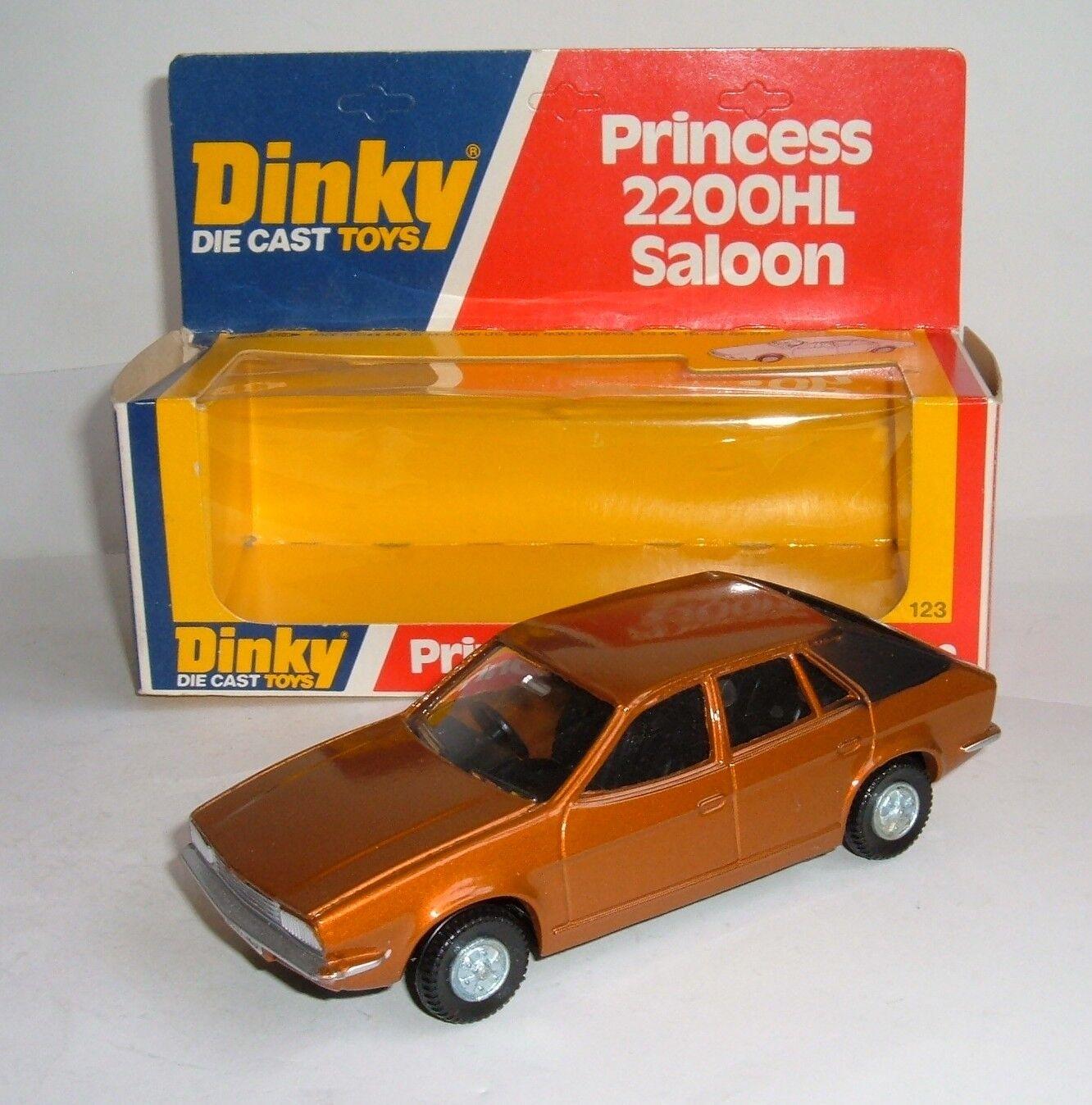 Dinky Toys No. 123, Princess 2200HL Saloon, - Superb