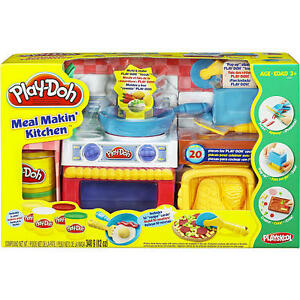 Play doh fun with food meal makin 39 kitchen for Play doh cuisine