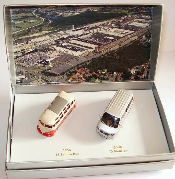 VW T1 Samba T5 Multivan Bus  50 anni di lavoro Hannover  1:87  Wiking   modello concessionario