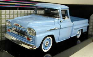 Motormax-1-24-Scale-1958-Chevy-Apache-Fleetside-Pickup-Blue-Diecast-model-car