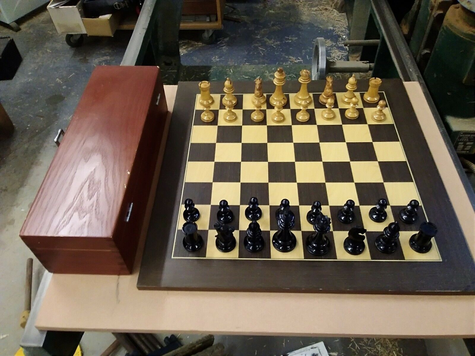 OLD WOODEN STAUNTON CHESS SET KING 3   HIGH. IN VGC. IN BOX