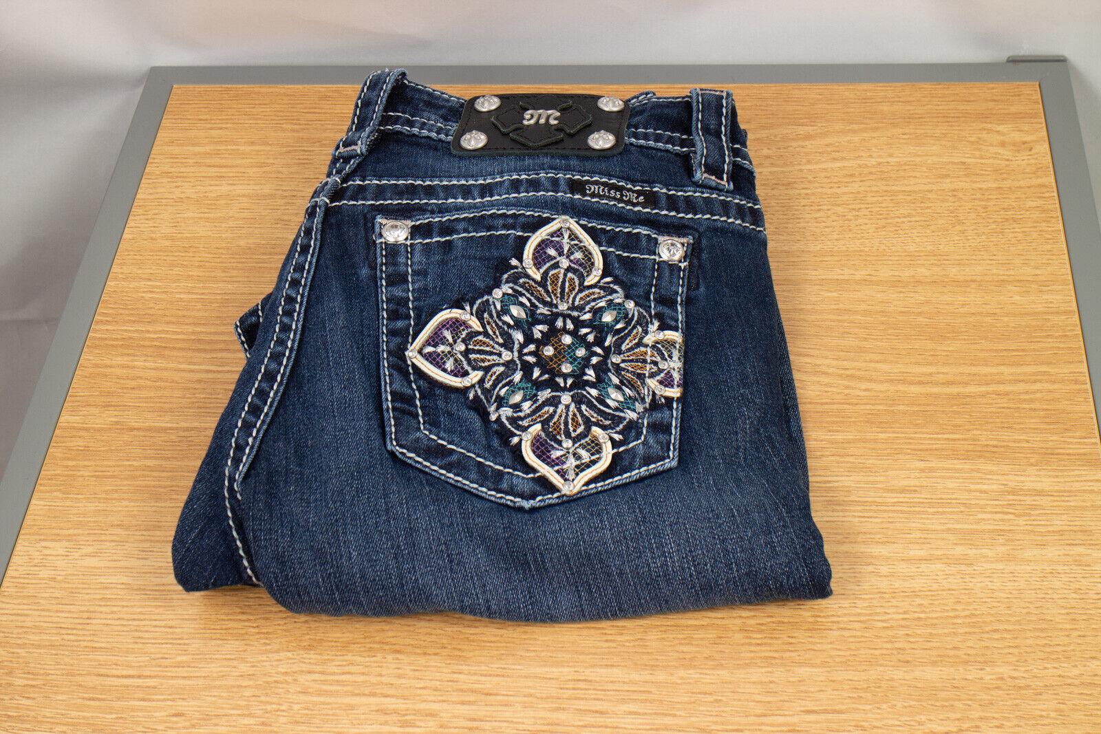 Miss Me Signature Straight 28 X 33.5 Womens Denim Jeans Embellishments Dark Wash