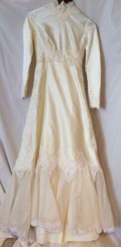 Vintage William Cahill Wedding Dress - Vintage 197