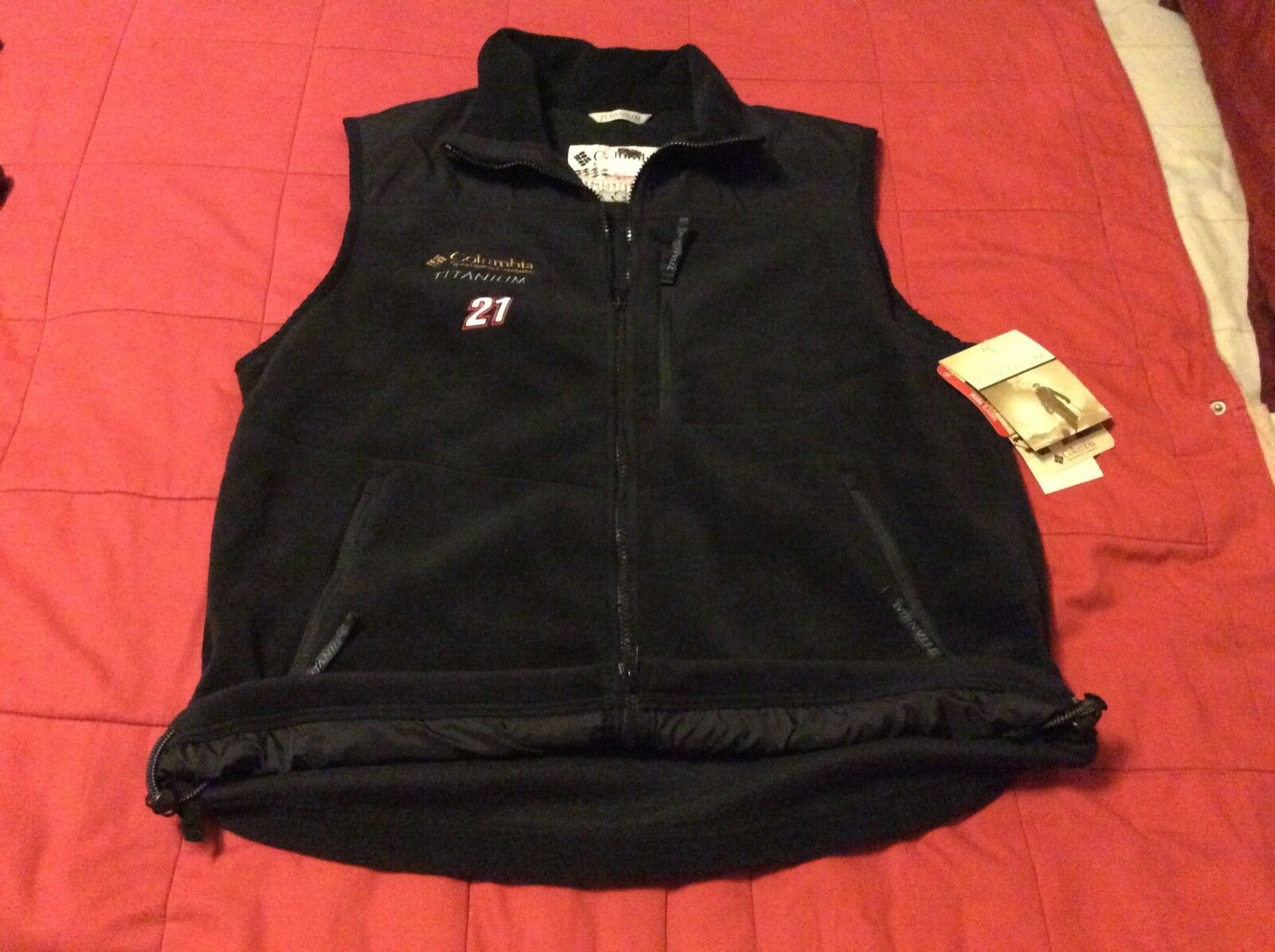 New With Tags Columbia Sportswear Company Titanium Motorcraft Vest  Men's Large  selling well all over the world