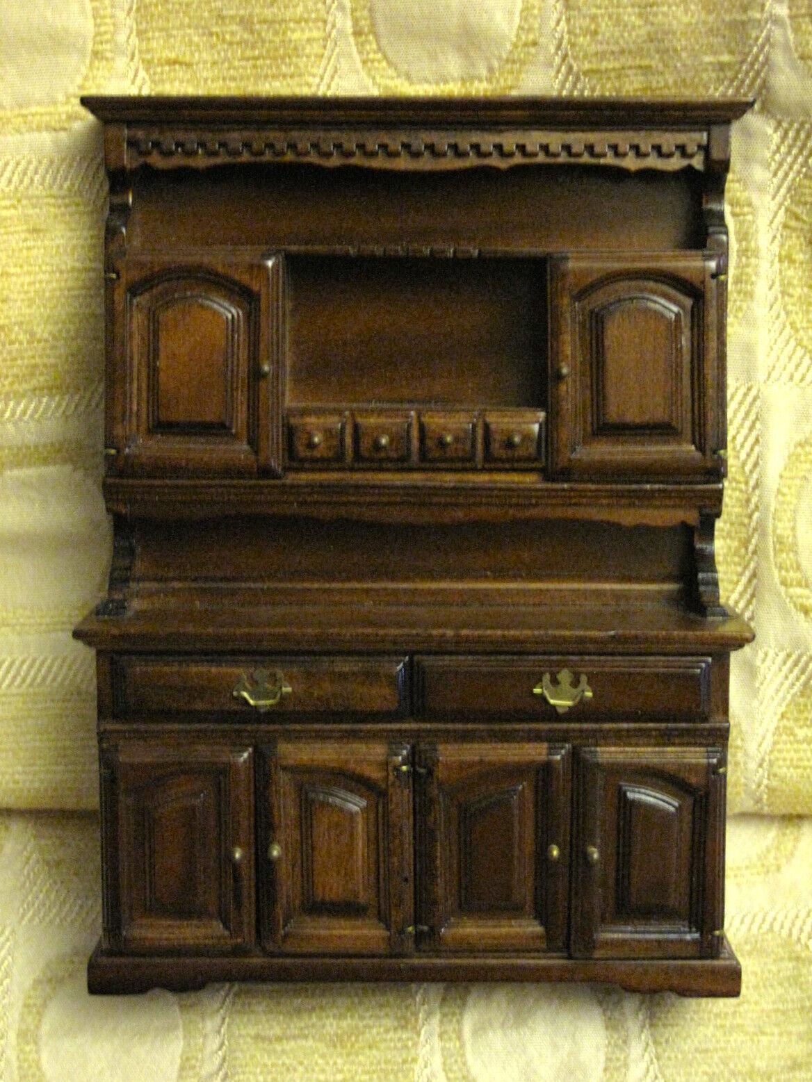 Vintage Muñecas en Miniatura Queen Anne Aparador Buffet Breakfront Fine Coleccionable