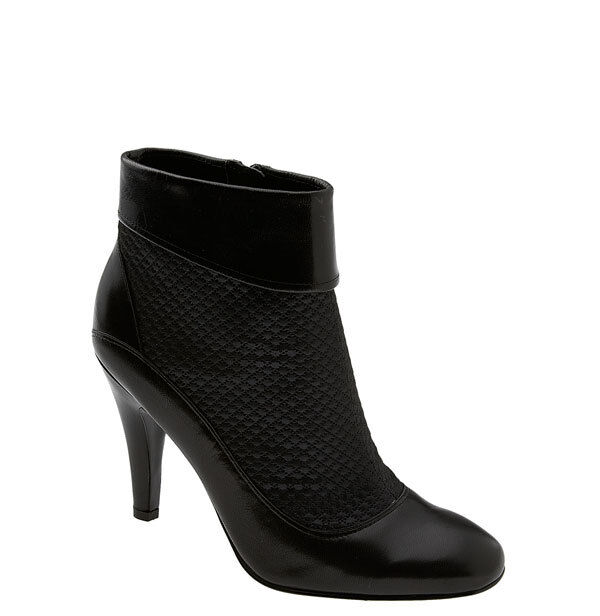 Enzo Angiolini Prize Black Bootie - size 7 - Excellent