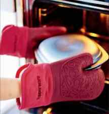 TWO Tupperware Large Silicone Oven Mitts Gloves Consultant Award Red & Black New