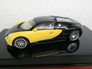AUTOART-Bugatti-EB-16-4-Veyron-1-43-Black-amp-Yellow-Showcar-Ltd-Ed-50904