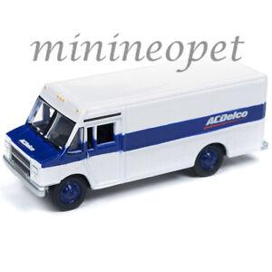JOHNNY-LIGHTNING-JLSP063-ACDELO-1990-GMC-STEP-VAN-1-64-WHITE-BLUE
