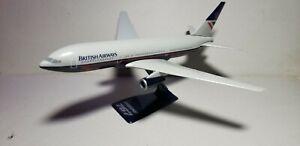 WOOSTER (W130) BRITISH AIRWAYS (OC) 767-200 1:200 SCALE PLASTIC SNAPFIT MODEL