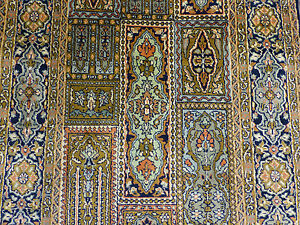 A-gorgeous-pure-silk-Kashmir-oriental-runner-10ft-8-034-x-2ft-7-034
