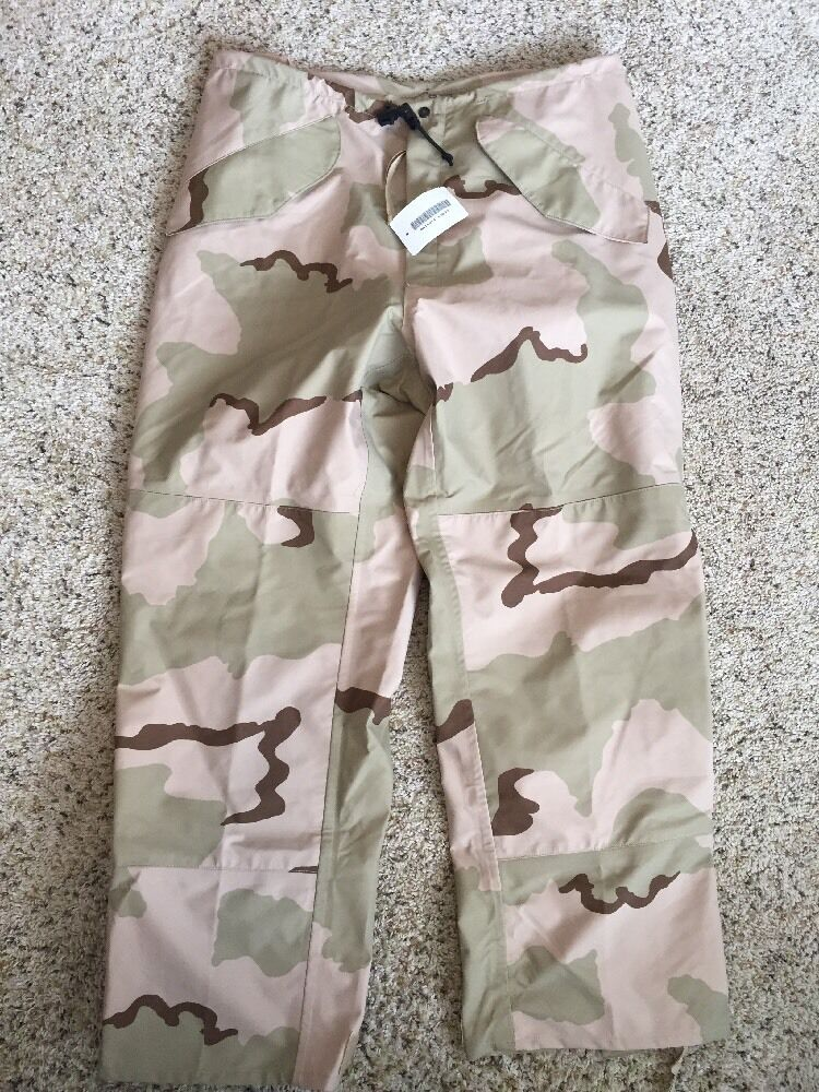 NEW GORE-SEAM COLD WEATHER CAMOUFLAGE HUNTING PANTS SZ M REG MENS Kd6