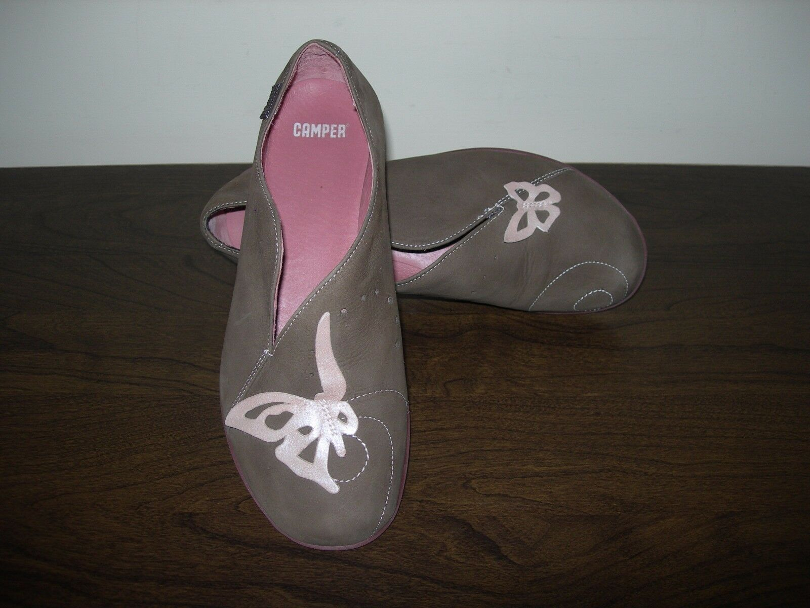 CAMPER WOMEN'S Schuhe SLIP ON PUMPS OLIVE GREEN LEATHER BUTTERFLIES EU 37 / UK 4
