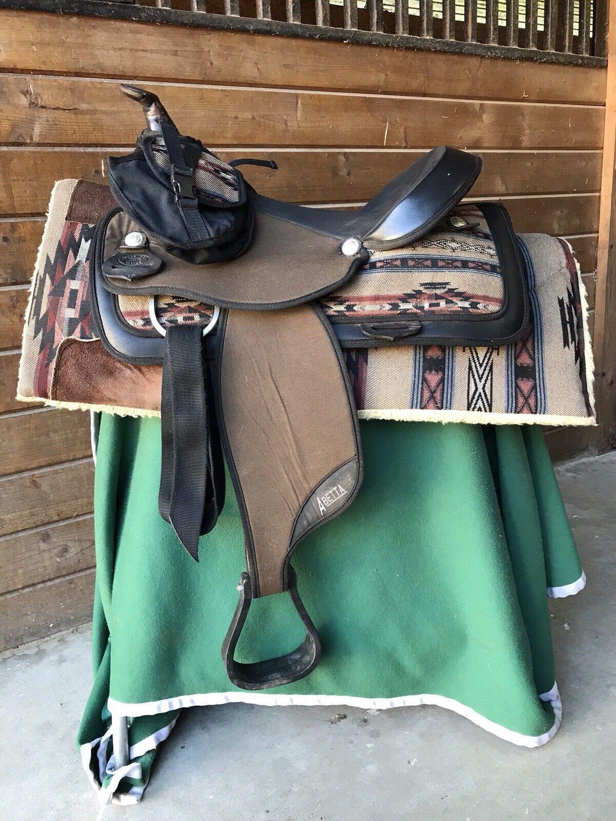 Fqhb Abetta 16  silla Occidental Bronceado & Navajo Con  Almohadilla & Bolsa De Cuerno  punto de venta barato