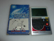 VINTAGE BOXED CASIO CG-110 COSMO FIGHTER HANDHELD ELECTRONIC GAME 80S RETRO LCD