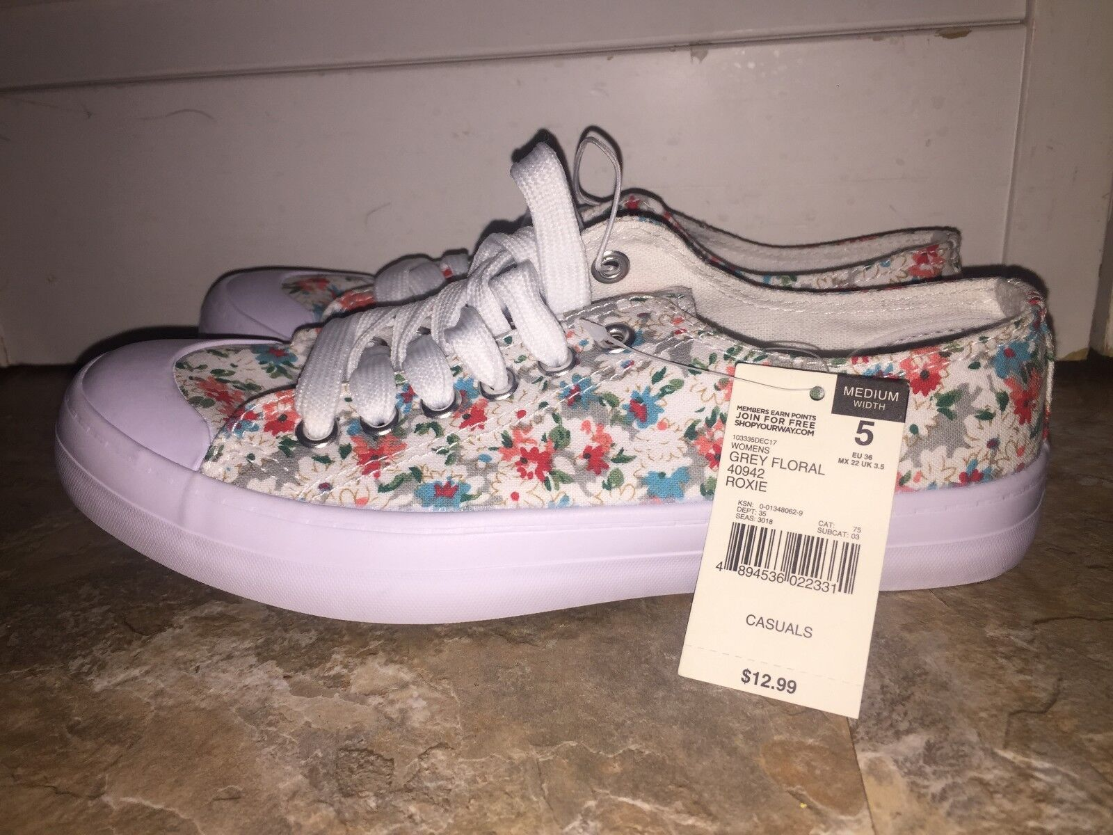 womens white blue/red/green/grey floral roxie size 5 shoes blue/red/green/grey white detail med width b08a21