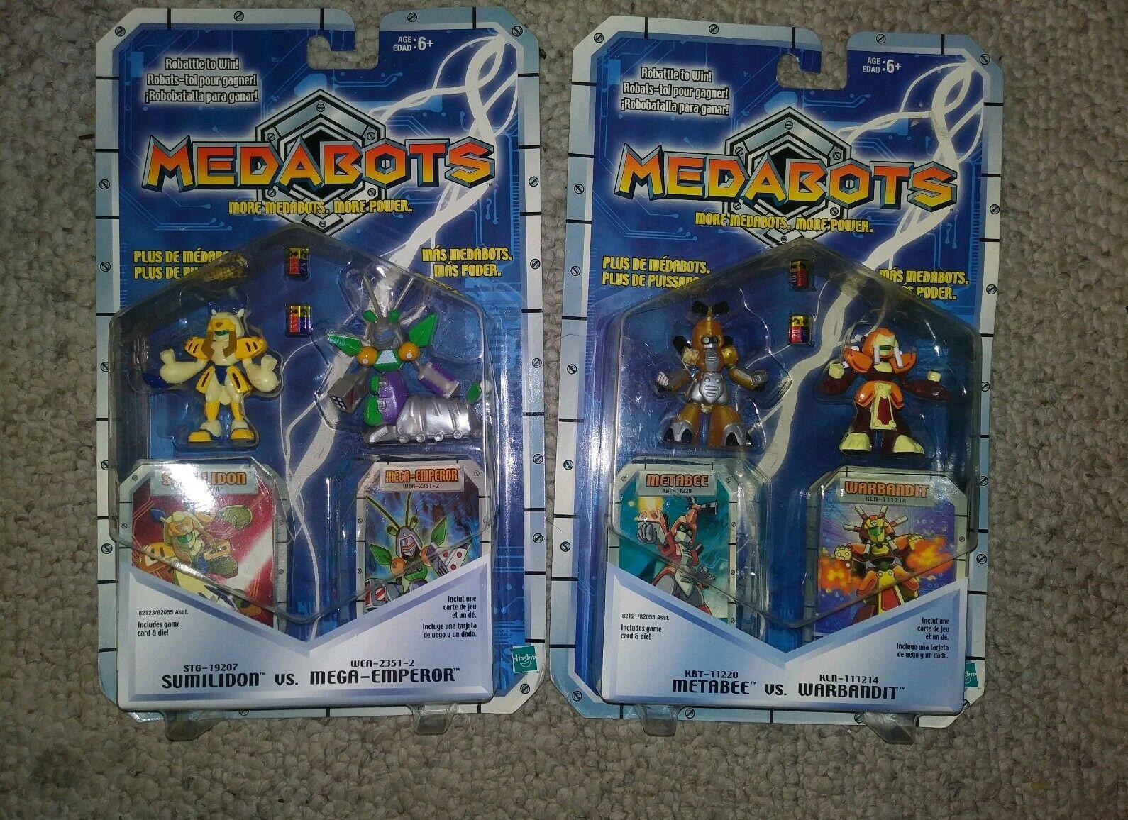 2 Hasbro Medabots Robot cifra Sets 4 cifras & 4 gioco autods & Dice nuovo        2