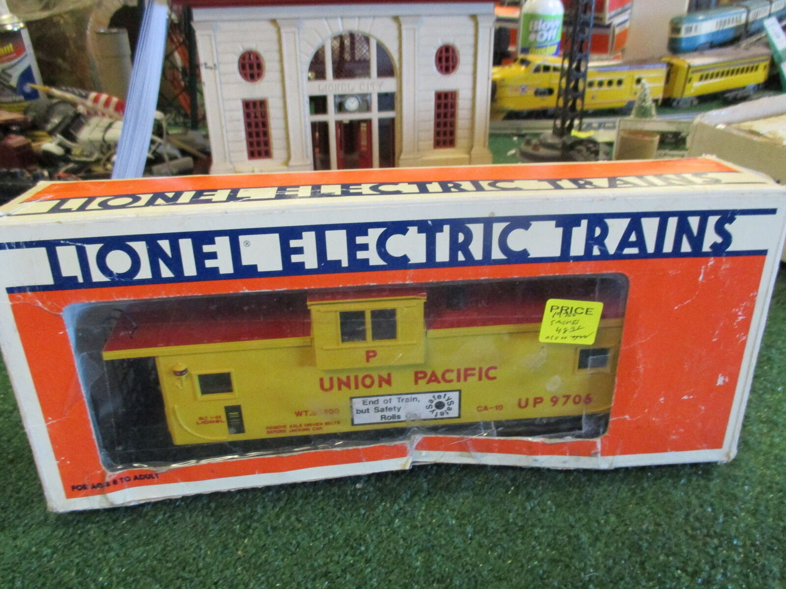 LIONEL 19706 UNION PACIFIC EXT VIS CABOOSE ILLUM AND SMOKE C8LN POOR BOX 1989