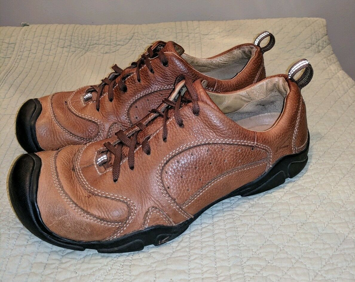 Keen mens leather brown hiking trail shoes US 11 m UK 10 44.5